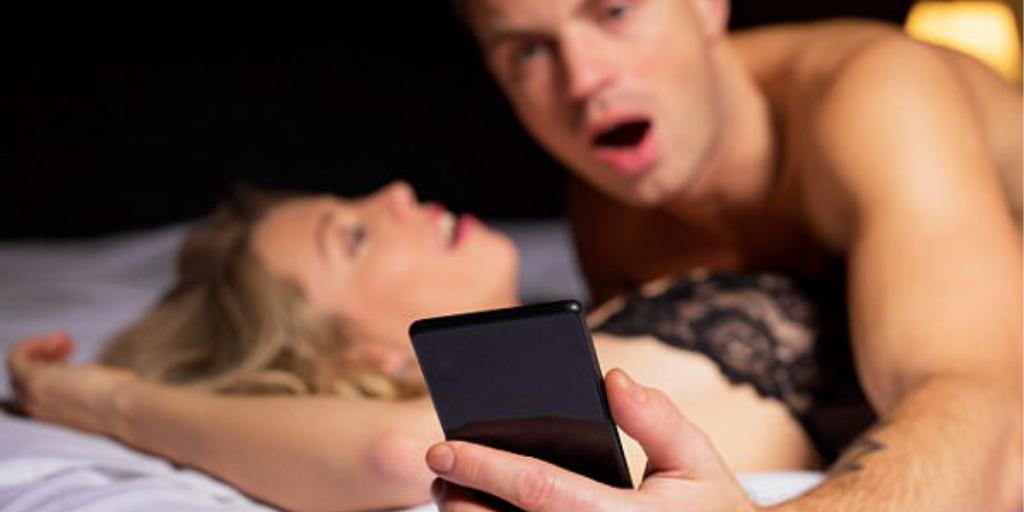 sex-smartphone-thinatamil