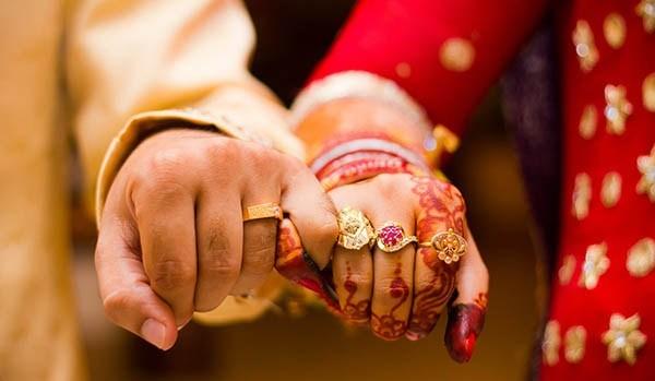 Wedding-date-couple-life-thinatamil