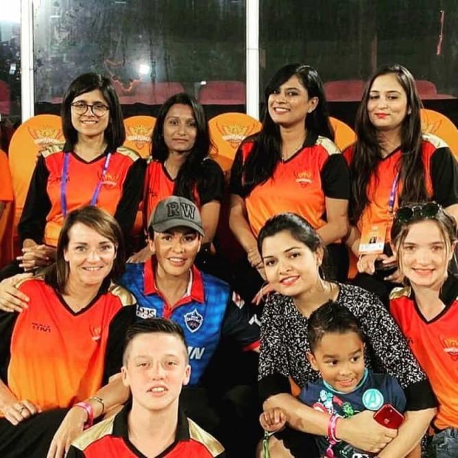 indian-cricket-player-thinatamil