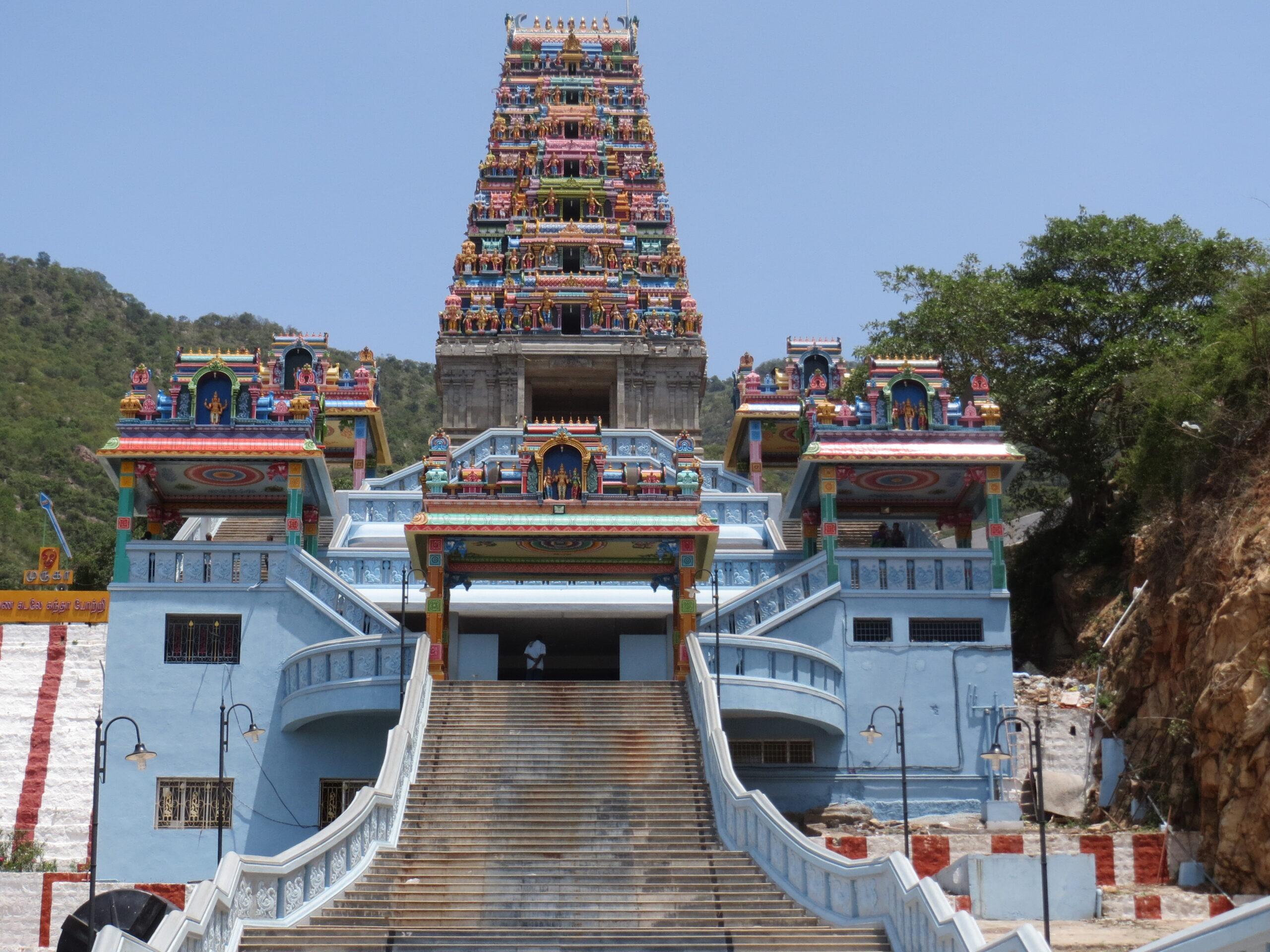 Maruthamalai_Rajagopuram-thinatamil